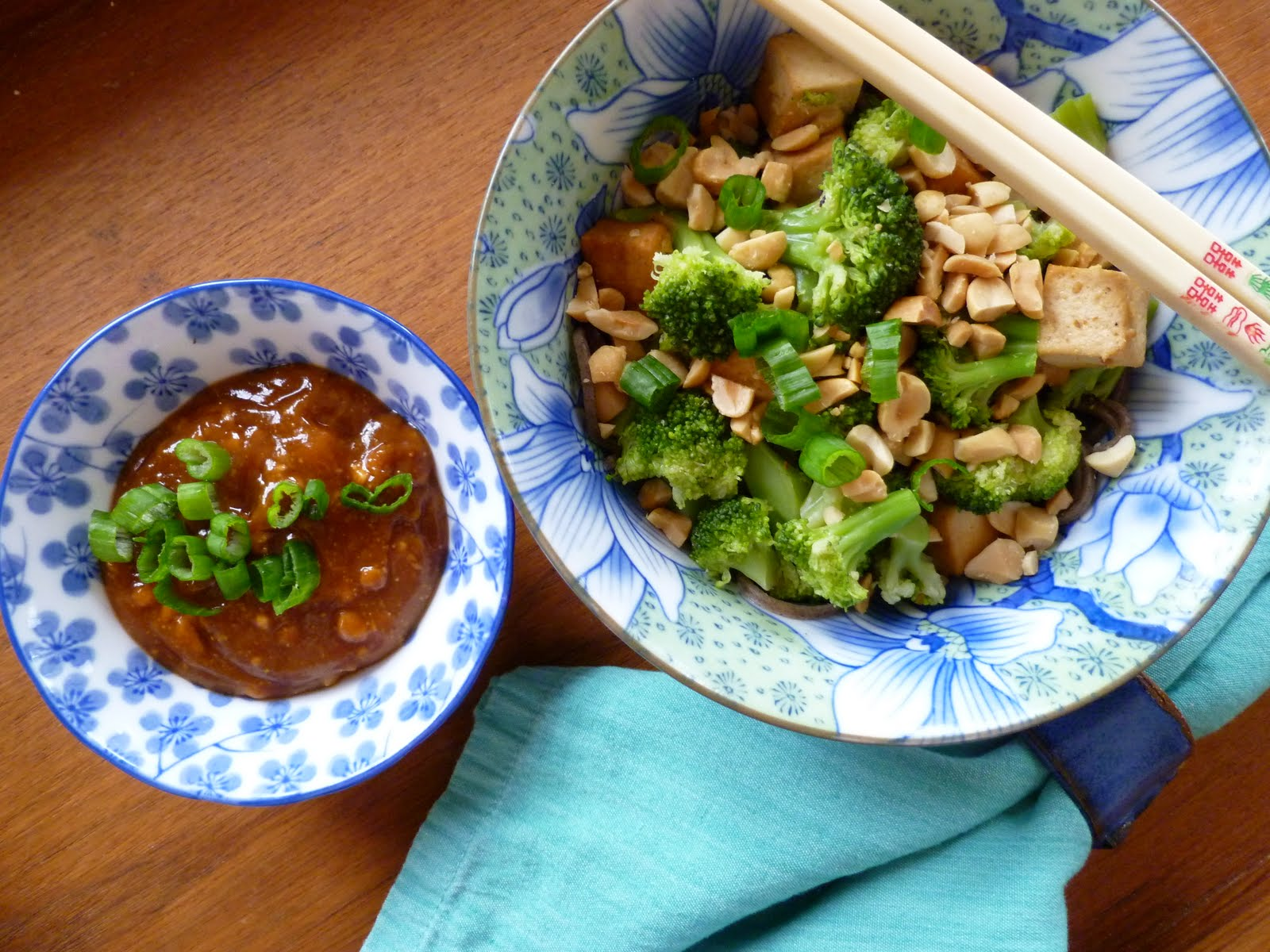 The Fanciful Fig: Soba Noodles with Broccoli and Peanut Sauce