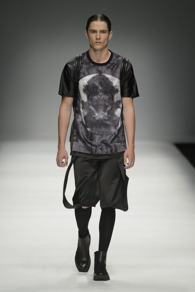 jiwenbo spring summer 2016 milan fashion week mfw ss16 male fashion trends. Black Bedroom Furniture Sets. Home Design Ideas