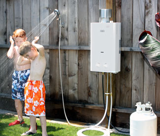 How you can heat the water for an outside shower room - Exterior hot water heater enclosure ...