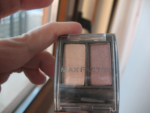 Max-Factor-Supernova-Pearls-eyeshadow-review-photos-01