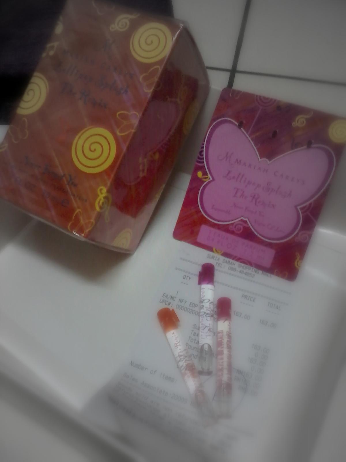 http://3.bp.blogspot.com/-y1kshQd7wLA/Ts51-CL9_0I/AAAAAAAAAYo/uffpCP_tyQQ/s1600/Mariah+Carey+Perfume.jpg