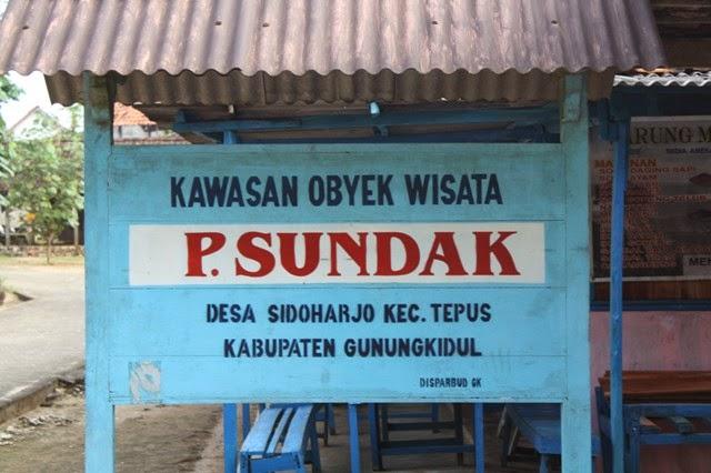 Kawasan obyek wisata Pantai Sundak