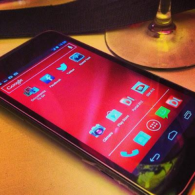 Ya conocemos más datos sobre la presentación de 4G en Digitel y lo que representa la postura de la compañía para este despliegue y el soporte actual de los servicios de datos, donde 2G aún representa un 80% de los usuarios y 3G recibe importantes adecuaciones para su mejor funcionamiento. Pero, para quienes quieren ir al grano, vamos a revisar algunos detalles importantes Información para activar servicio 4G – Puedes comprar uno de los equipos disponibles en portafolio hasta ahora que cuente con soporte LTE, entre ellos el Blackberry Z10 y el Huawei P1 LTE. Muy pronto a salir, el