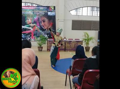 Puri Emily Ratu Jaipong Tampil di KBRI Malaysia