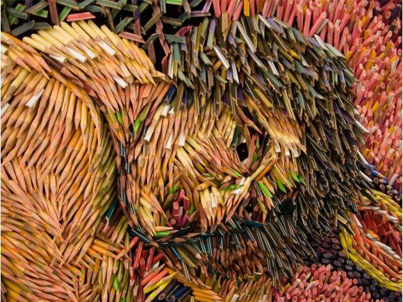 Federico Uribe pinturas feitas com lápis Amor perigoso - detalhe