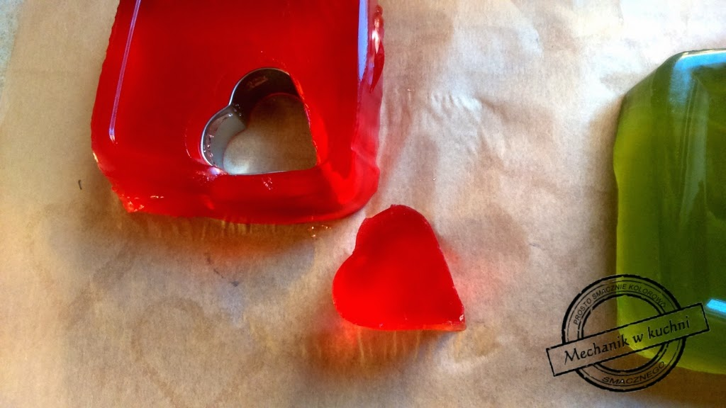 Słodki deser na Walentynki galaretkowiec mechanik Pszczyna z czekoladą