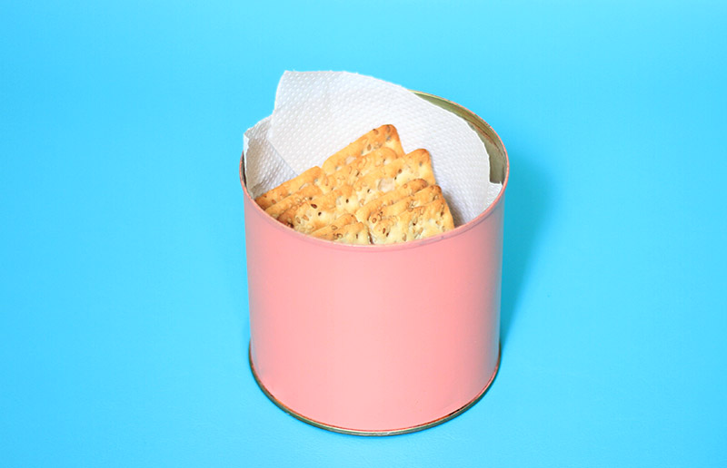 Uso criativo do papel toalha: manter biscoito crocante