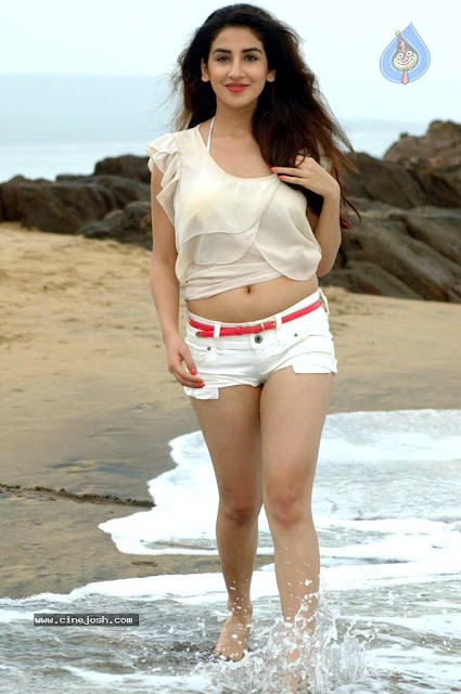 Parul Gulati tiny shorts beach Latest hot