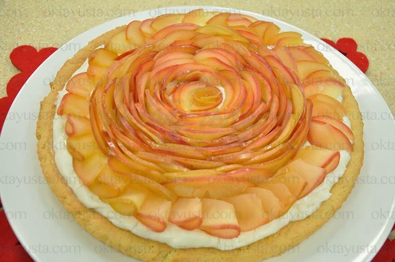 Elmalı Güllü Tart Tarifi Kolay Yapımı