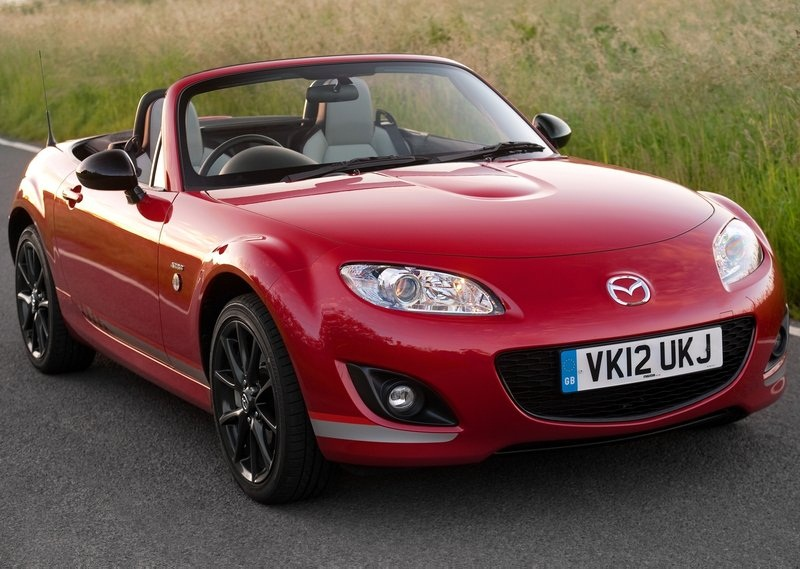 sport car garage mazda mx 5 kuro 2012 mazda mx 5 kuro 2012. Black Bedroom Furniture Sets. Home Design Ideas