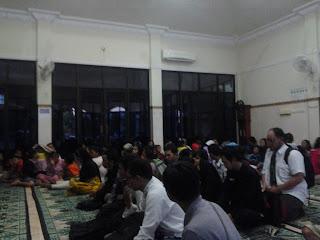 KAMMI, KAMMI Semarang, Semarang, Mahasiswa, Jawa Tengah, Polisi, Pemulung, Ramadhan, Buka Puasa,