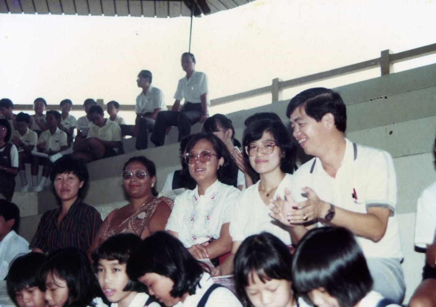 Yeo Hong Eng 2011 Lgs Slim Fit Youth Boy Giant Leap Merah M Teachers At The Festival Jalan Besar Stadium