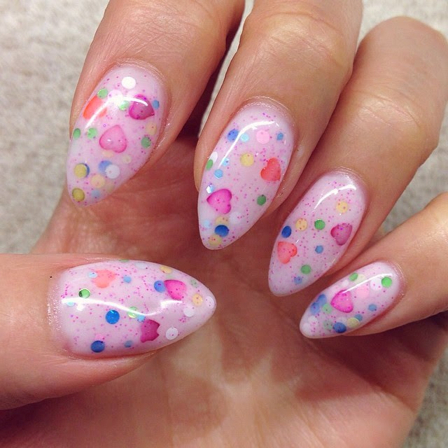 Hiddie T Makeup : Easter Eggs Color Speckled Nails 復活蛋指甲