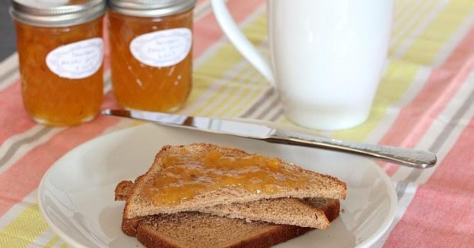 APPLE A DAY: Bourbon Peach Jam