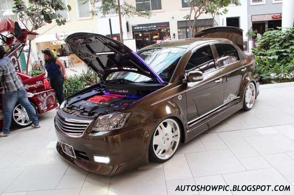 VIP style Saga BLM front