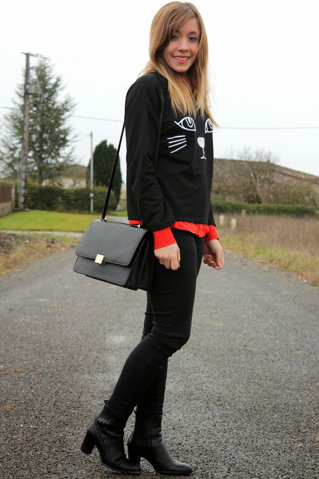 tenue rouge et noir