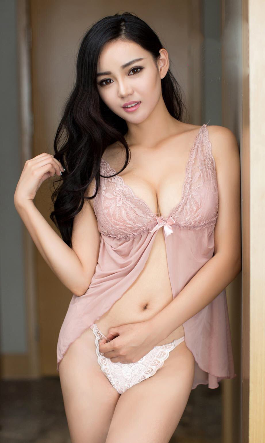 hot chinese girls naked
