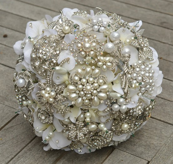 Bridal bouquets with brooches london