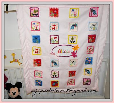 manta de paseo original en patchwork y punto de cruz regalo original personalizado infantil bebe