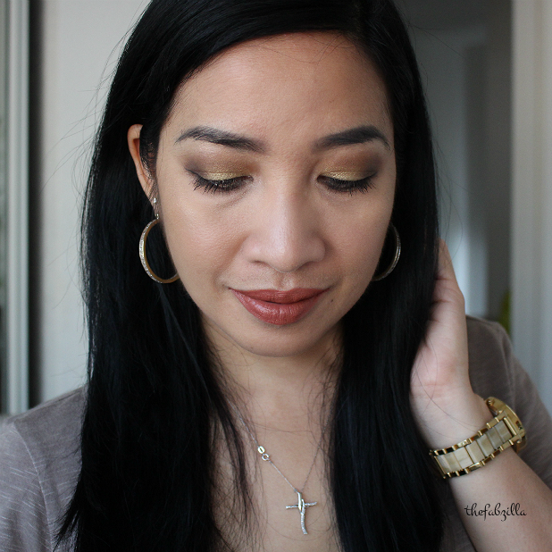urban decay gwen stefani eyeshadow palette, review, swatch, gwen stefani makeup