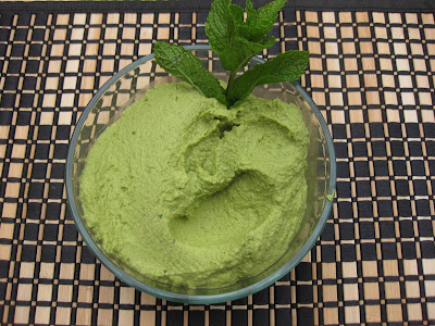 green humus made with greens
