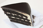 Russion Black n White Cake (RM 85)