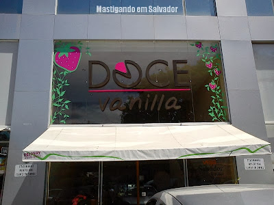 Doce Vanilla: Fachada da loja de Vilas do Atlântico
