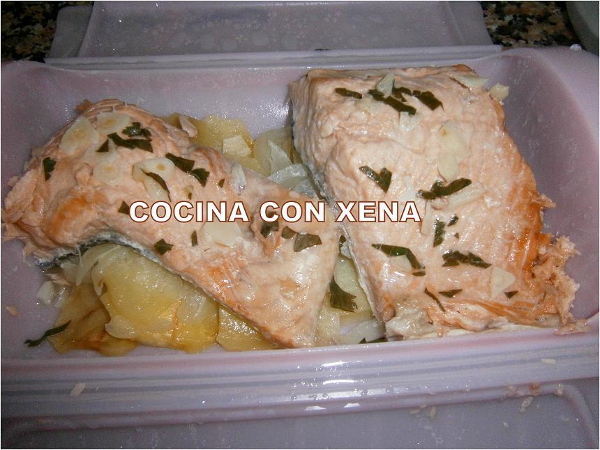 Cocina con xena salm n con patatas al vapor en ba l l ku en microondas - Cocina al vapor microondas ...