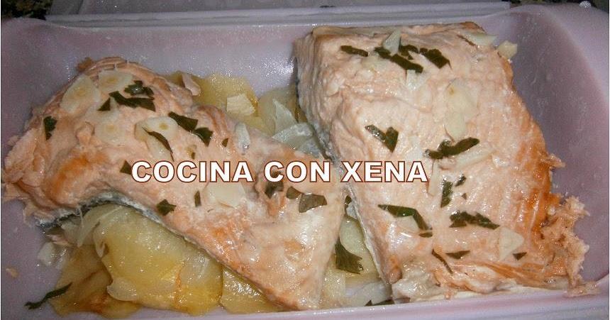 Cocina con xena salm n con patatas al vapor en ba l - Cocina al vapor en microondas ...