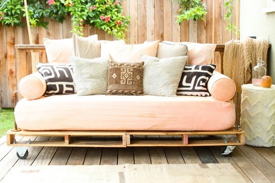 Seaseight Design Blog: MAD ABOUT // WOODEN PALLETS