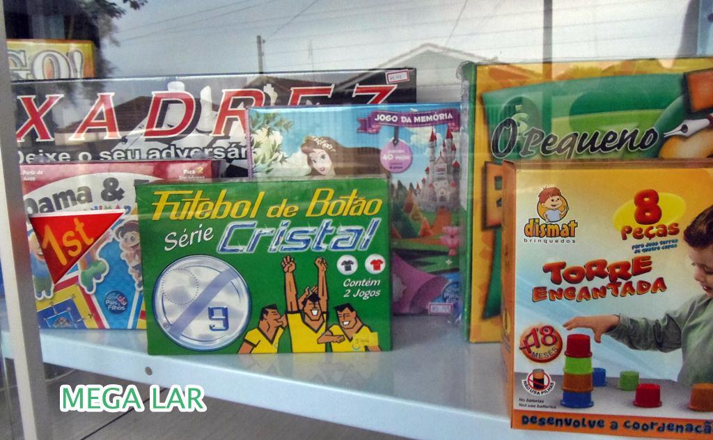 28ccc2635c9 COMERCIAL PORECATU  Mega Lar muitos brinquedos para o dia das crianças.