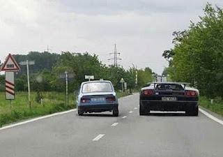 Carros topo e abaixo de gama