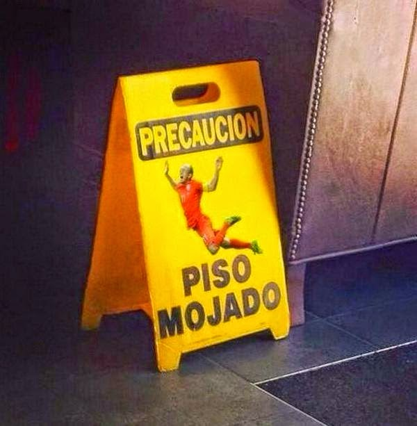 Cuidado, chão molhado - robben