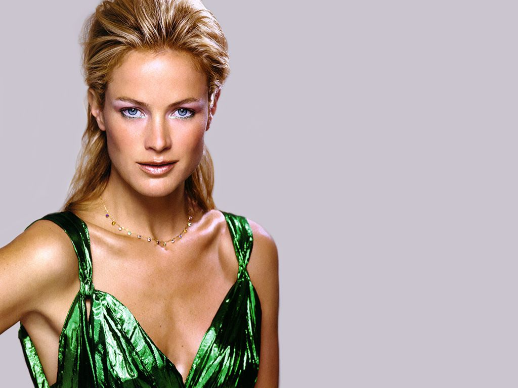 Carolyn Murphy - Images Gallery