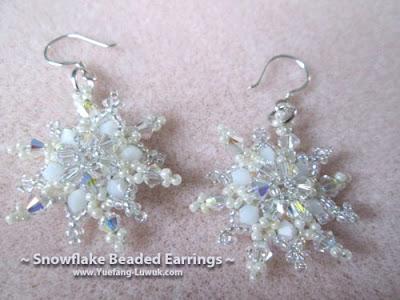 Snowflake_Beaded_Earrings