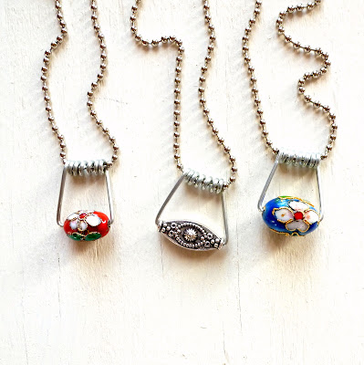 diy repurposed clothespin wire necklaces tutorial