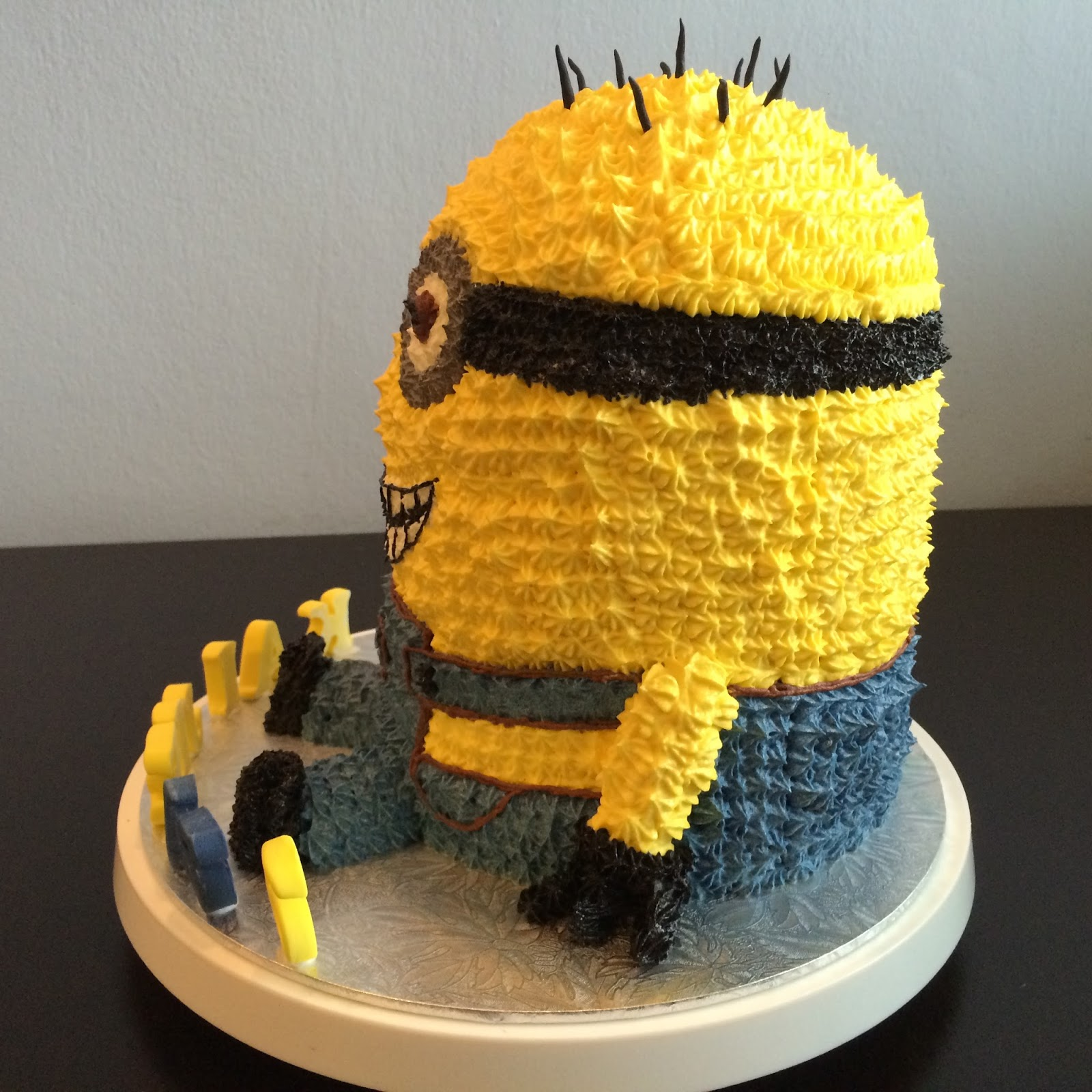 minion birthday cake icing 100 images how to a minion
