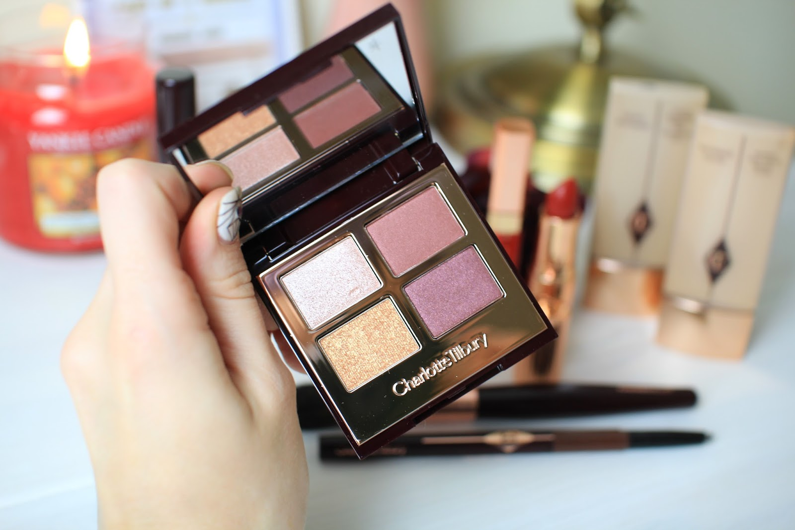 Charlotte Tilbury vintage vamp colour-coded eyeshadow palette