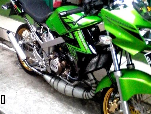 contoh modifikasi motor ninja r warna hijau