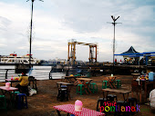 Taman Alun Kapuas (Pontianak Waterfront City)