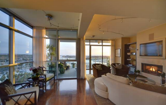 Los angeles real estate update marina del rey full for Penthouses for sale los angeles