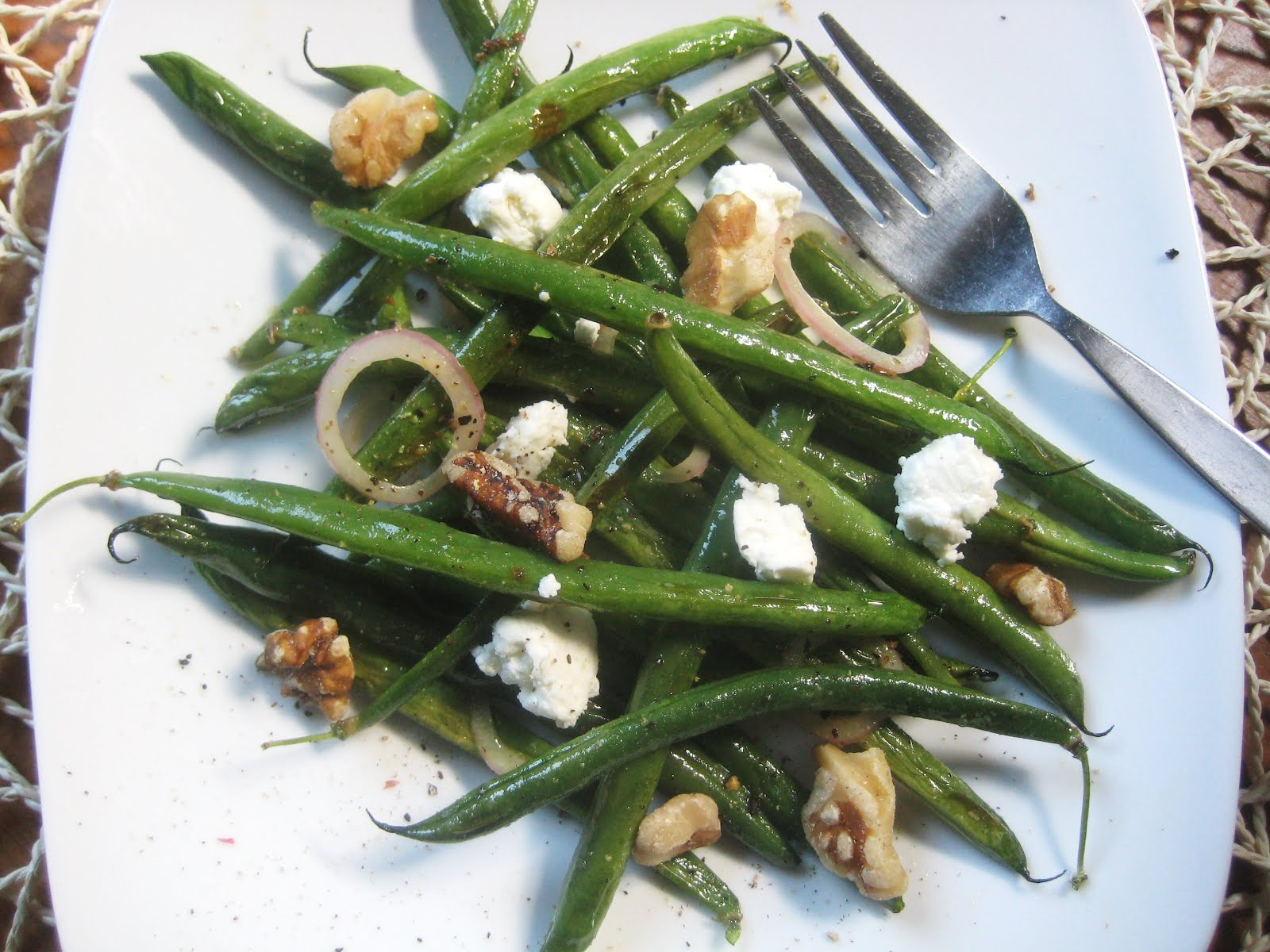 My Fare Foodie.: Roasted Haricots Verts Salad
