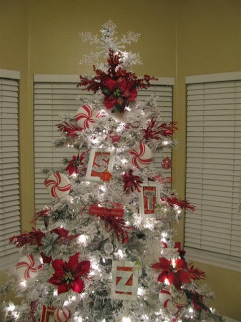 LOVE OF HOMES: A Silver & White Tree?