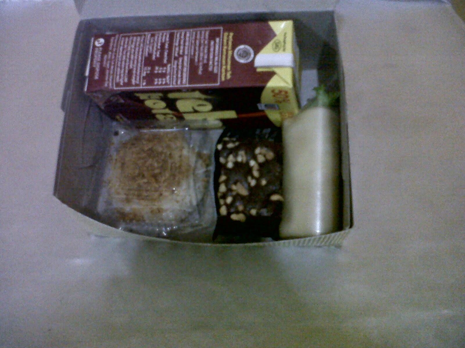 CATERING SNACK BOX DAN NASI BOX UNTUK BUKA PUASA DI JAKARTA