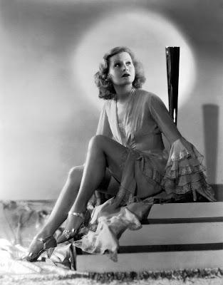 """Ich tanze mit Dir in den Himmel hinein"" - ""Я танцую с тобой на небо"", песня из кинофильма ""Sieben Ohrfeigen"" - ""Семь пощечин"""" 1937 года, Лилиан Харви (Lilian Harvey)"