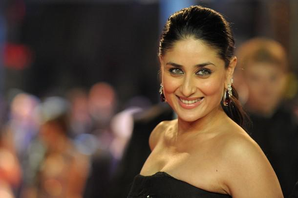 kareena kapoor in black gown at london ra. one premiere latest photos