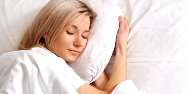 Cara ampuh agar bisa tidur nyenyak secara alami