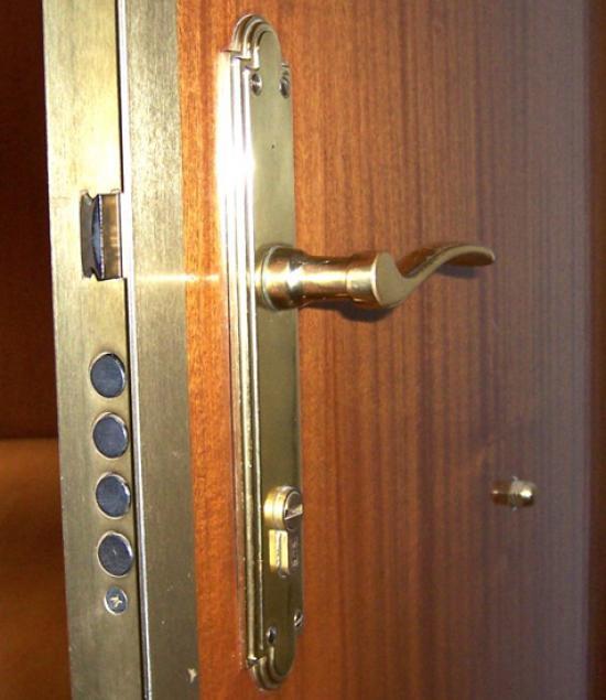 Puertas blindadas guadalajara 637 831 275 - Cerraduras puertas blindadas ...