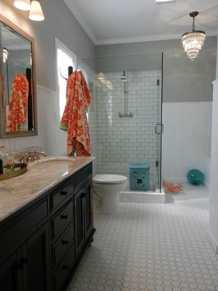 Salle de bain carreaux de c ramique the wall pr f r for Carreaux ceramique salle de bain