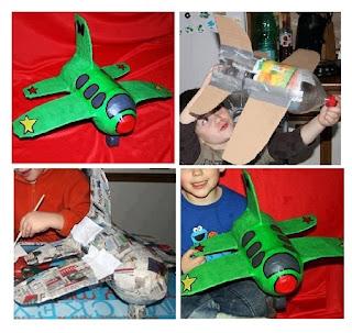 Juguetes Reciclados, Avion con Botella de Plastico y Carton
